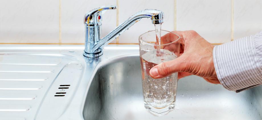 Imagem do post Diarreia: beber água da torneira pode oferecer riscos à saúde?