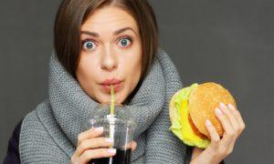 Por que pessoas tendem a engordar durante as estações mais frias do ano?