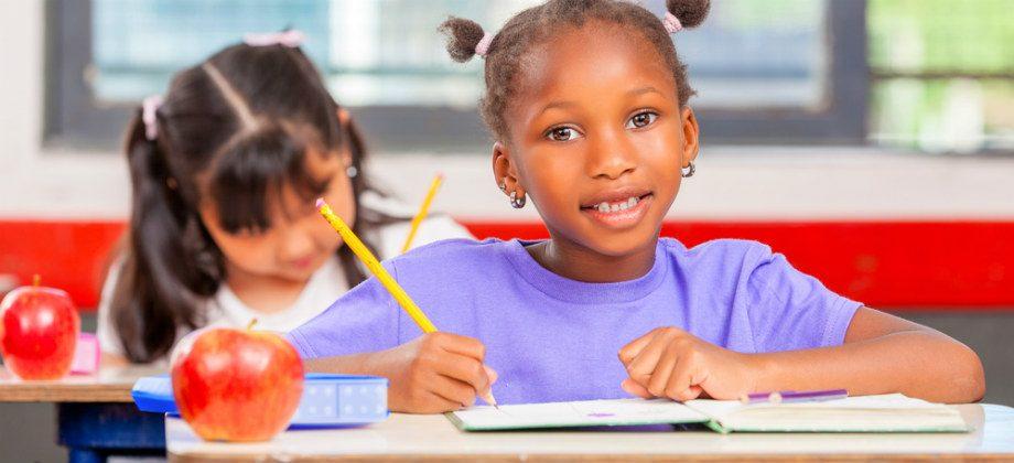 Imagem do post Como a alimentação equilibrada ajuda o rendimento escolar das crianças?