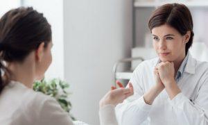 Mês da mulher: a importância do ginecologista para o diagnóstico da osteoporose