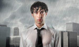 Mito ou verdade: pegar chuva pode comprometer a imunidade?