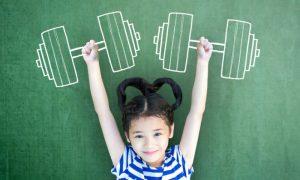 A ingestão adequada de vitaminas e minerais durante a infância tem relação direta com a saúde na vida adulta?