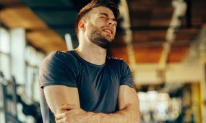 Voltando para a academia: Existe alguma forma de evitar a dor muscular associada ao retorno aos treinos?