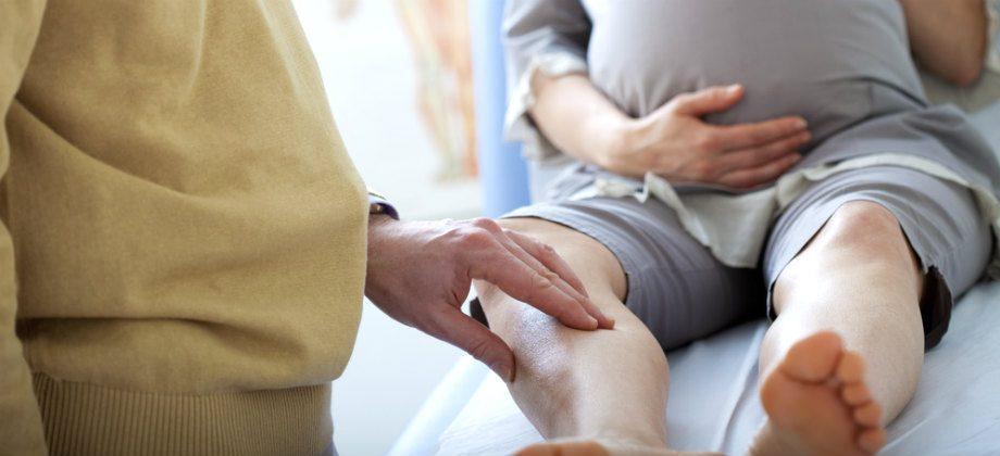Imagem do post Os sintomas das varizes podem piorar durante a gravidez? Por que?