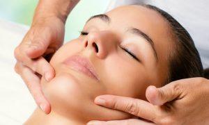 A fisioterapia dermatofuncional pode ajudar a retardar o envelhecimento facial?