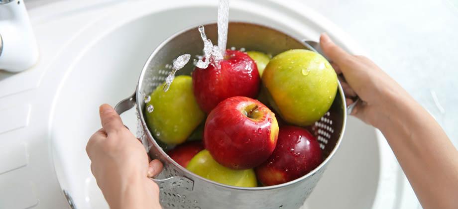 Diarreia: qual é a forma correta de lavar frutas e verduras?