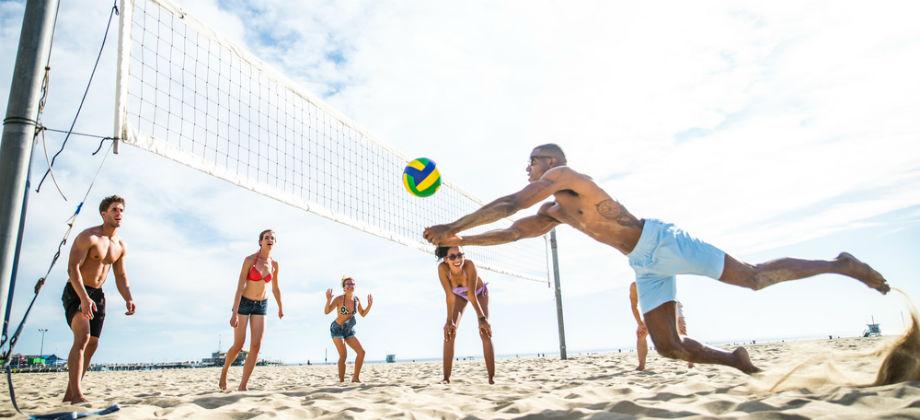 Sol e esportes: como proteger a pele durante uma atividade com amigos?
