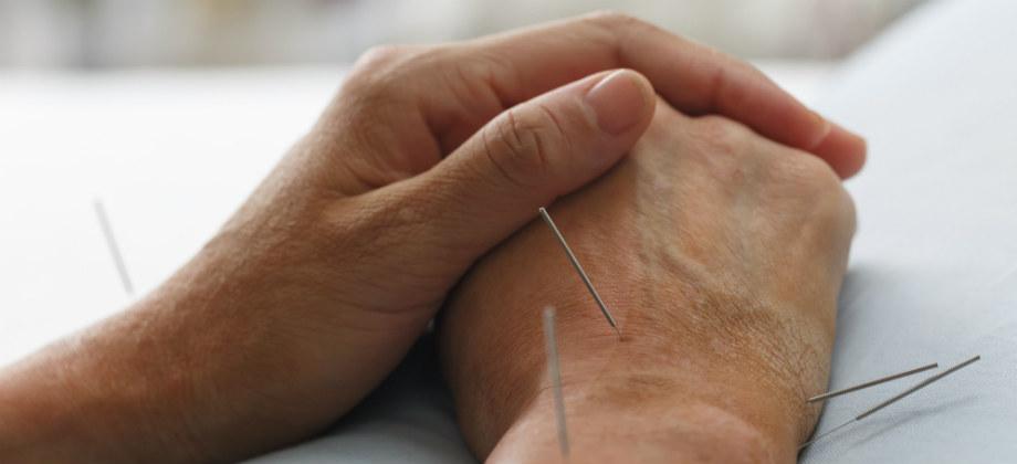 Imagem do post Fisioterapia e acupuntura podem ajudar no tratamento da osteoartrite?