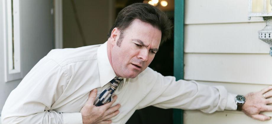 Substituir a medicação usada na recuperação de um infarto pode aumentar o risco de complicações?