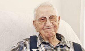 Quanto mais idosa for a pessoa, maiores as chances de desenvolver Alzheimer?