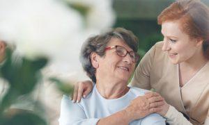 Alzheimer: quais são as principais dificuldades enfrentadas por cuidadores?