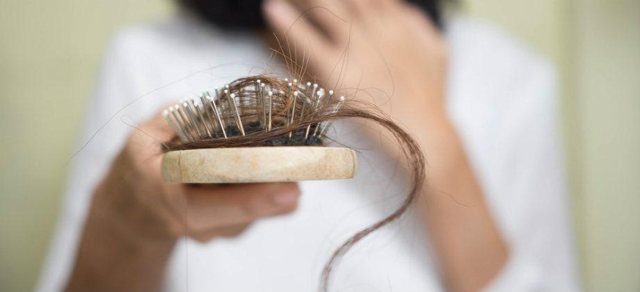 Qual é a relação da vitamina D com a queda de cabelo?