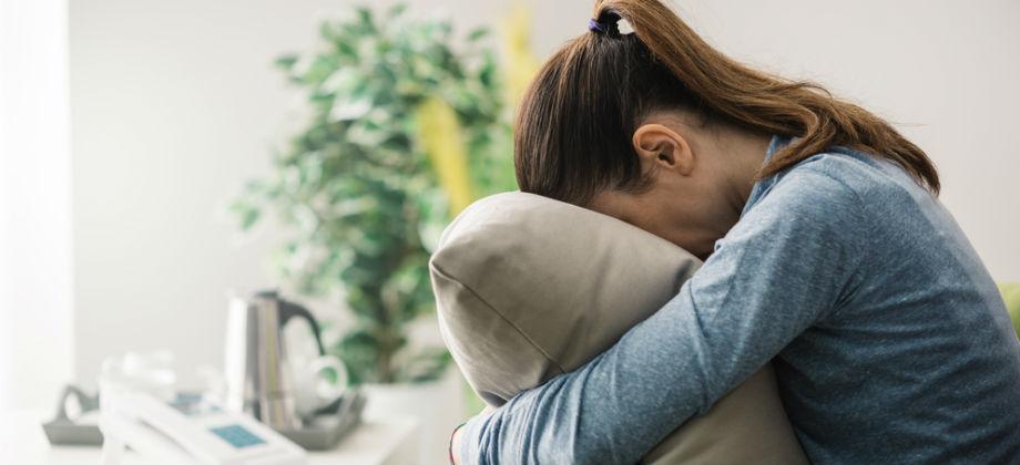 Qual é a diferença entre distimia e depressão?