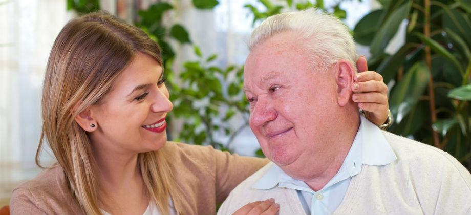 Quais as principais dificuldades enfrentadas por familiares de pacientes com Alzheimer?