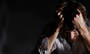 Como se manifesta um episódio misto de transtorno bipolar?
