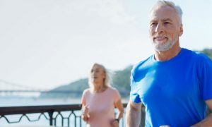 Qual é a atividade física mais indicada para um paciente que sofreu um infarto?