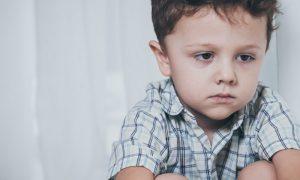 Existem fatores que aumentam as chances de ter um filho com autismo?