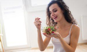 Por que comer de três em três horas ajuda a emagrecer?
