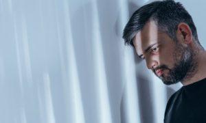 Quais são os principais fatores de risco da esquizofrenia?