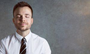 Como relaxar e evitar que o estresse atrapalhe o tratamento da hipertensão?