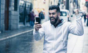 Quais são as características da euforia em uma crise de transtorno bipolar?