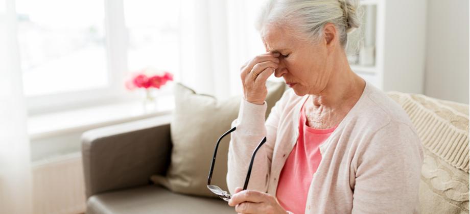 Alzheimer: como o cuidador deve lidar com o estresse durante o tratamento?