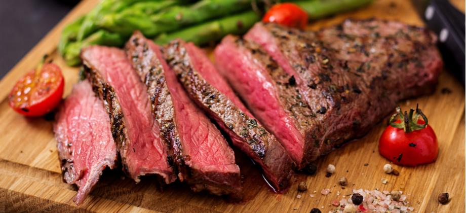 A carne bovina mal passada é um fator de risco para contrair parasitoses intestinais?