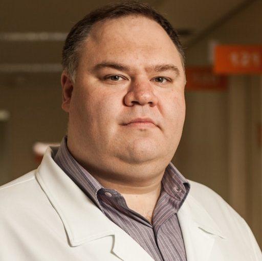 Dr. Leonardo Weissmann