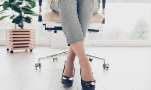Trabalhar sempre em uma mesma posição pode piorar as varizes?