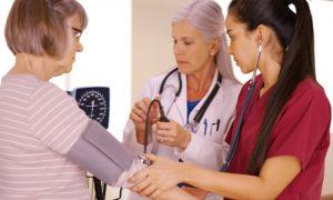 Por que as chances de ter hipertensão aumentam com o passar dos anos?