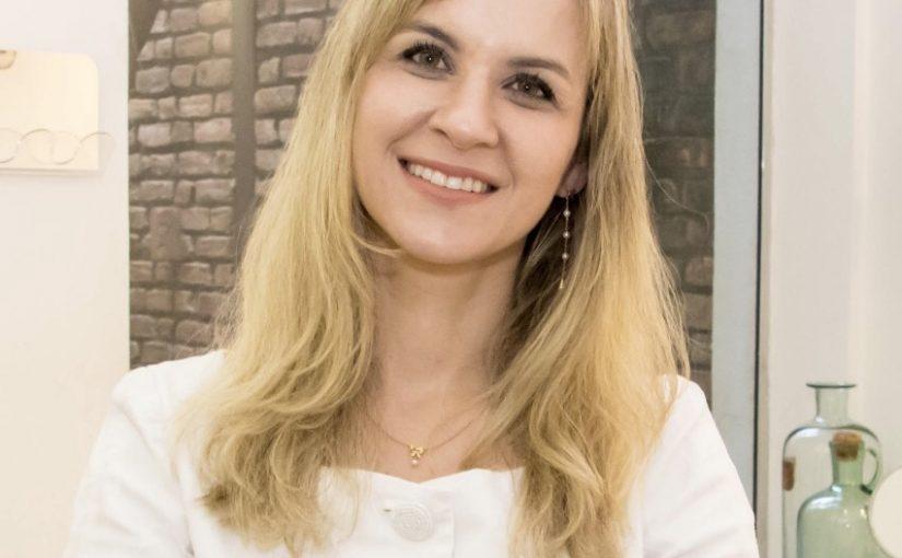 Dra. Marcela Benez
