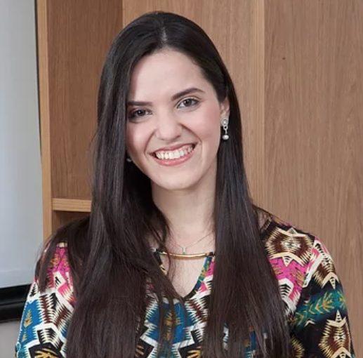 Dra. Aline Guimarães