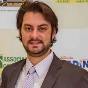 Dr. Leonardo Iezzi