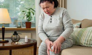 Artrite reumatoide: como funciona o tratamento da doença?