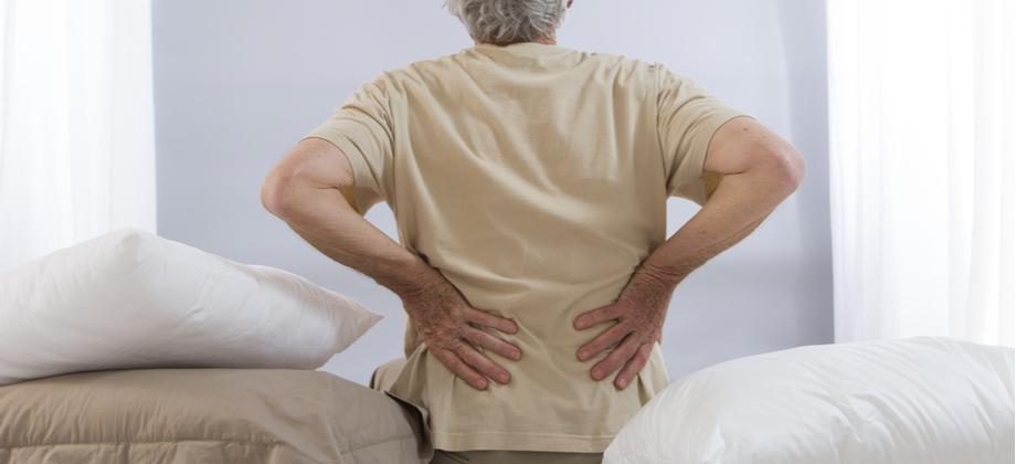 Dor na coluna pode ser um sintoma de osteoartrite?