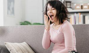 Quais são as repercussões físicas de passar vários dias dormindo mal?