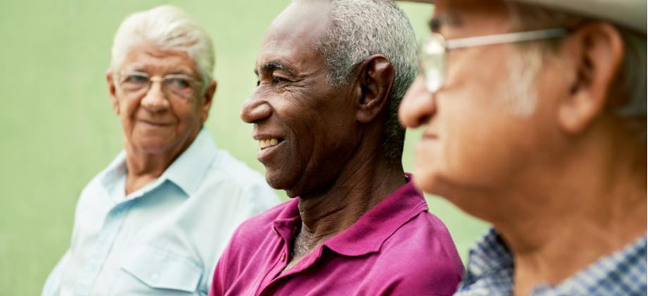 O idoso com doença de Alzheimer costuma falar muito sobre o passado?