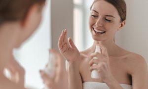 Água dermatológica: Quais são os benefícios da arnica para a pele?