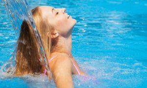 A água dermatológica é indicada após contato com o cloro da piscina?