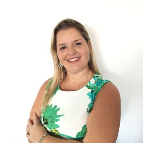 Dra. Ana Paula K. Pires Simão