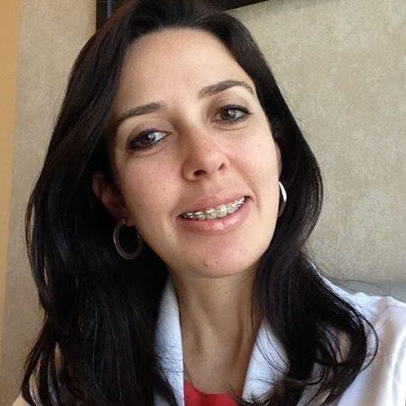 Dra. Renata Viana