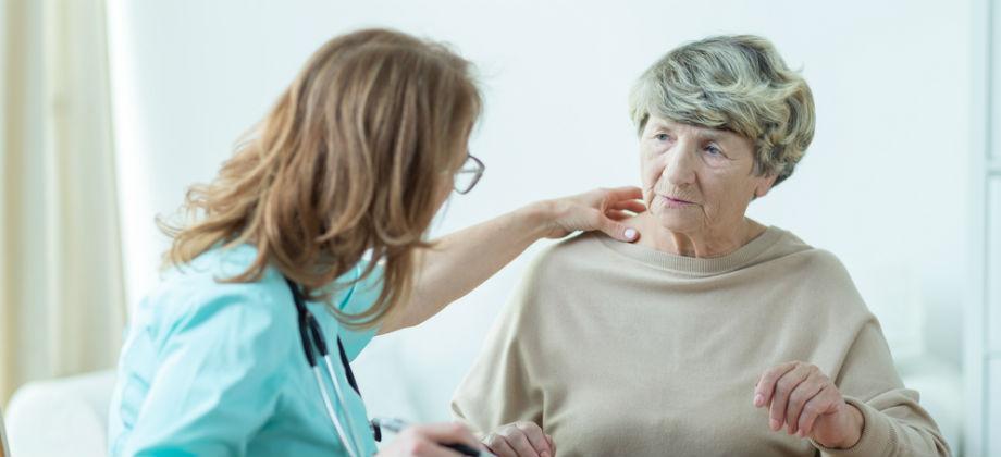 Qual é a diferença entre a osteopenia e a osteoporose?
