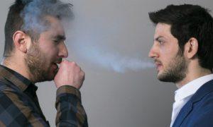 Asma: por que a poeira e substâncias como a fumaça de cigarro podem causar crises?