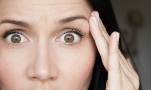 Como se prevenir das rugas na pele do rosto?
