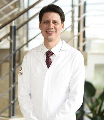 Dr. Gustavo de Carvalho Araujo