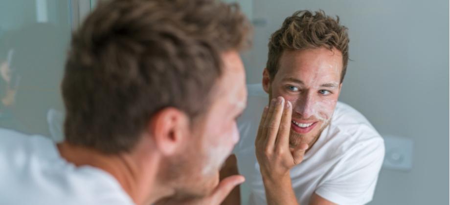 Pele jovem: quais são os cuidados indicados antes de dormir?