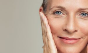 O que é o óleo de borragem? Descubra os benefícios desse ativo para a pele!