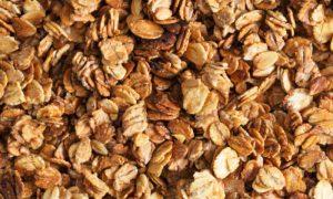 Por que uma dieta rica em fibras pode ajudar no tratamento de hemorroidas?