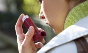 Por que é importante manter o tratamento de asma mesmo longe das crises?