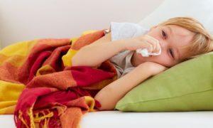 Filho resfriado com frequência? Saiba como reforçar a imunidade dos pequenos!